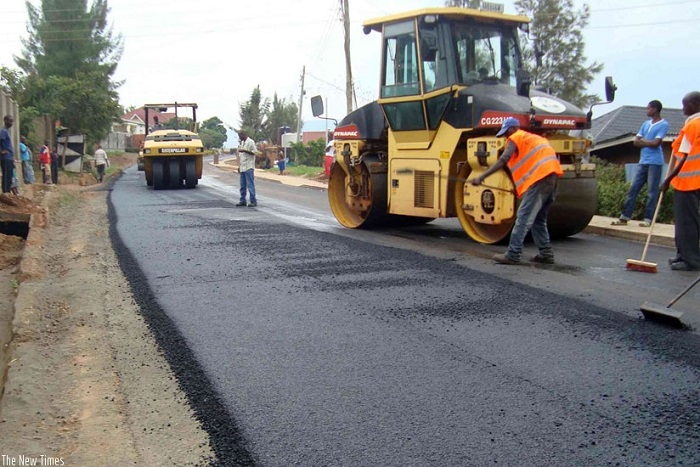 Year of Roads: Gov't cuts sod to construct 4.1km in Asokwa Municipal