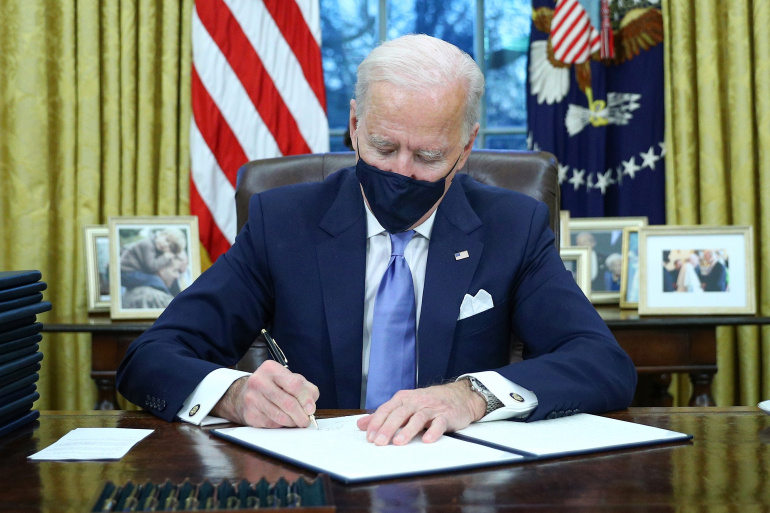 Biden $1.9tn Covid relief passes Congress